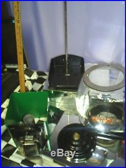 VINTAGE Victor Model topper Glass Globe 1 Cent gumball machine Green restored