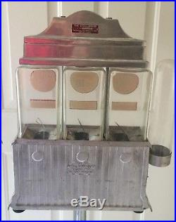 VINTAGE WORKING COIN OPERATED CHALLENGER HOT NUT VENDOR-Tropical Trading Co