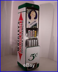 Vtg Rowe Wrigleys/lifesavers Vending Machine Coin Op, Dispenser, Vendor Gum, Case