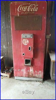 Vendo 144 vintage coke machine pop Coca-Cola original complete 5 cent nickel