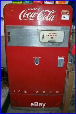 Vintage 10-cent Vendo 83 Coca-Cola Coke machine