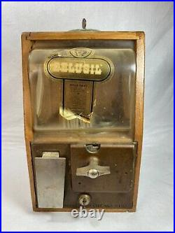 Vintage 1930's Victor Vending Wood Case 10 Cent Gumball Machine with Keys