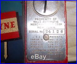 Vintage 1930s Mills Corp. Chewing Gum 1 Cent Coin Operated Vending Machine 24126