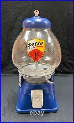 Vintage 1940's Restored Regal 1 Cent Peanut Candy Vending Machine Gumball