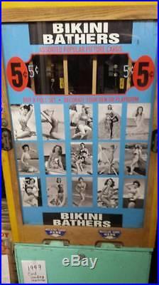 Vintage 1949 Antique Chicago Coin Bikini Bathers card vending pinball machine