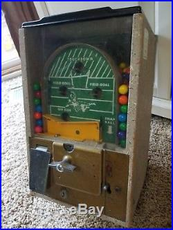 Vintage 1950's 1 Cent Penny Victor Football Pinball Flip Gumball Coin Machine