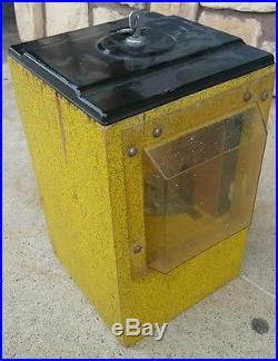 Vintage 1950's 1 Cent Victor Baseball Pinball Flip Gumball Machine