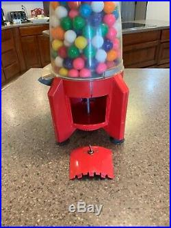 Vintage 1950's Carton Rocket Gumball Machine 1 Cent Really Great Condition