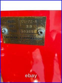 Vintage 1950's Cavalier CS-72-A Coca Cola 10 cent White Coke Machine
