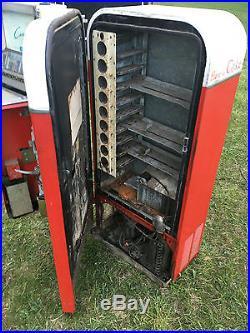 Vintage 1950's Vendo 81D Coca Cola Vending Machine Coke Soda Cooler restoration
