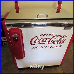 Vintage 1950s Fully Restored Embossed Coca Cola Ideal Slider A55 Vending Machine
