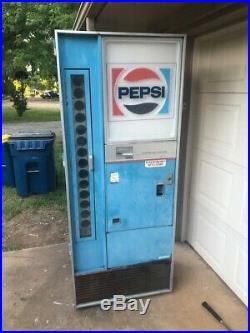 Vintage 1960's Vendorlator VF-154B Pepsi Machine, Cools Great