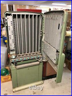 Vintage 1960 stoner candy machine