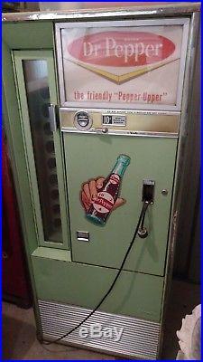 Vintage 1960s Dr Pepper Machine