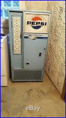Vintage 1962 Pepsi Cola Vending Machine