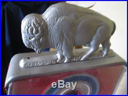 Vintage 1c Penny arcade Buffalo Hunt Gumball Machine made by Silver King in the