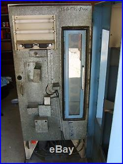 Vintage 60's Pepsi Vending Machine
