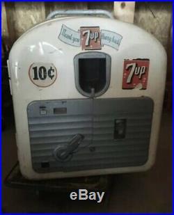 Vintage 7up Machine Vendo Model 27
