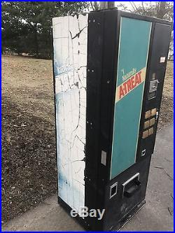 Vintage A-Treat Soda Vending Machine Working Extremely Rare Bottles Cans Atreat