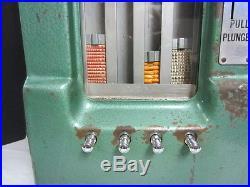 Vintage Adams Chewing Gum Penny Dispense Vending Machine withGum & Key