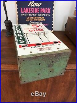 Vintage Antique 5 Cent Vending Machine Clorets Gum Themed Candy Chlorophyll