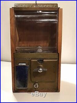 Vintage Baby Grand Gum Ball Machine Victor Vending Beautiful Antique Both Keys