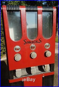 Vintage Candy Penny Vending Snack Machine Peanut M&M