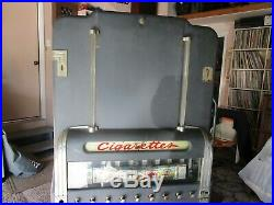 Vintage Cigarette Vending Machine with key & Orig Packs 21 Great for Man Cave