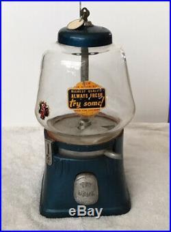 Vintage Clean Original Silver King 5 Cent Vending Machine