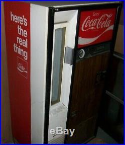Vintage Coca-Cola Coke Bottle Machine (Pick-Up Only) Dispenses 6-1/2 oz Bottles