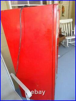 Vintage Coca-Cola / Coke Soda Vending Machine Vendo H63 A Working