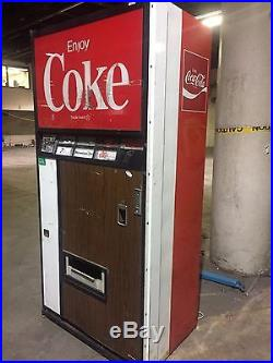 Vintage Coca Cola Soda Dispensing Machine