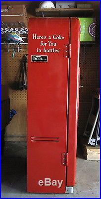 Vintage Coca Cola Vendo 39 Coke Machine Great Original Condition 1950's