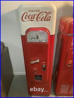 Vintage Coca Cola Vendo 44