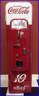 Vintage Coca Cola Vendo 44 Machine Coin Op