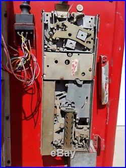 Vintage Coca-Cola vending Machine Cavalier model CS-96 vends 96 bottles