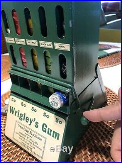 Vintage Coin-op Wrigleys Vending Machine