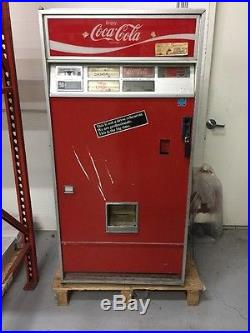 Vintage Coke Coca-Cola Vending Machine