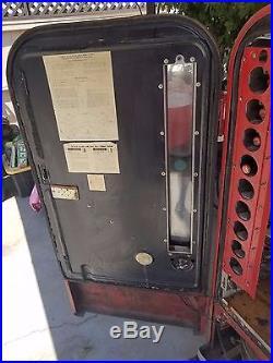 Vintage Coke Machine 1950's Vendo 81A