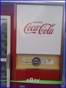 Vintage Coke Machine (Cavalier)
