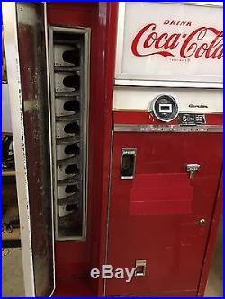 Vintage Coke Machine, Cavalier 64, CSS-64FS