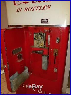 Vintage Coke Machine Cavalier Model C51- Runs, Looks Good