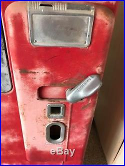 Vintage Coke Machine Vendo 39