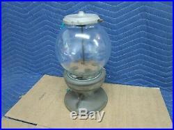 Vintage Columbus Model 18 Penny One Cent Gumball Vending Machine, Cast Iron