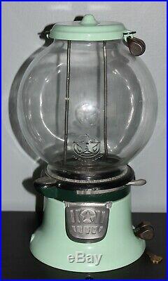 Vintage Columbus Model M Gumball Peanut Vendor Machine w Barrel Locks Star Globe