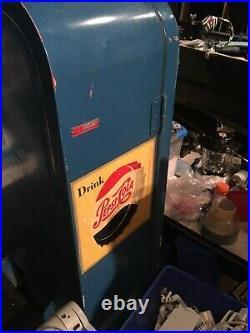 Vintage Cooling Vendo 39 Antique Blue Pepsi / Coke Machine