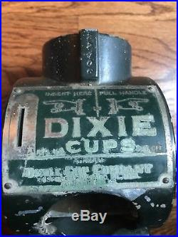 Vintage DIXIE CUP Company Coin Operated DISPENSER Penny Base Keys Easton PA