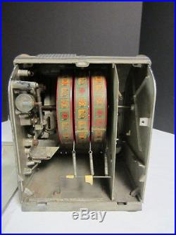 Vintage Daval 1940 Penny Pack Trade Stimulator 1 Cent Penny Machine