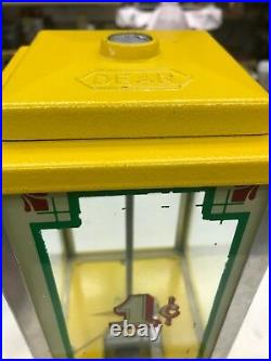 Vintage Dean Penny Arcade Products Beverly Hills, -1 cent Candy&Gumballs Machine
