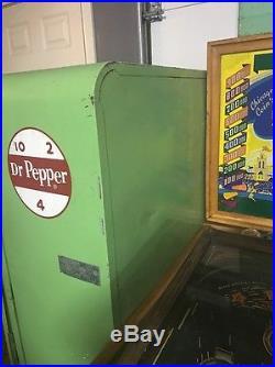 Vintage Dr Pepper VMC 110 Machine Coin Operated Pepsi 7up Vendo Rare